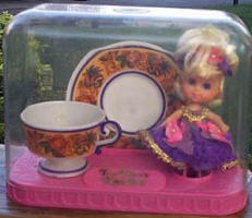 3840 Lady Lavender Tea Set 1969